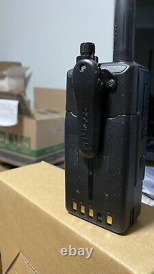 Kenwood th-d74a 144/222/440 MHz Triband HT withD-Star