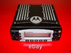 MOTOROLA XTL5000 XTL 5000 700/800 MHZ Digital RADIO P25 POLICE M20URS9PW1AN