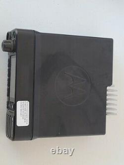 Motorola XPR 5550E model AAM28TRN9WA1AN UHF T split 450-512 MHz FM, 40 watt