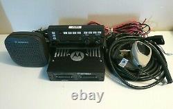 Motorola XTL5000 800 Mhz P25 Digital Trunking Radio M20URS9PW1AN with Remote Head