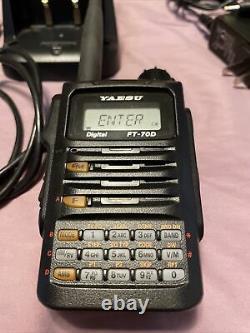 Yaesu FT-70DR C4FM FDMA / FM 144/430 MHz Dual Band 5W Handheld Transceiver
